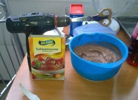 Inventos Caseros Rudimentarios que Realmente Funcionan - Taladro batidora