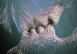 Los efectos de un beso apasionado.
