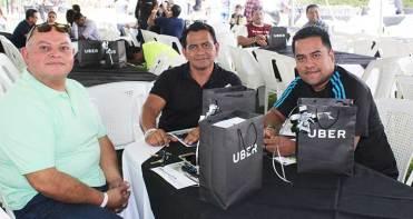 Alfunos de los pilotos que asistieron a la convivencia Uber. / Foto: Cortesía.