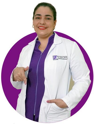 Cirujana Plástica Yaneisy García de Revival
