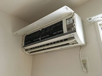 エアコン組立・機能点検