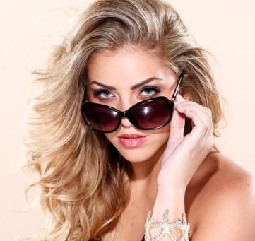Glasses-with-long-eyelashes