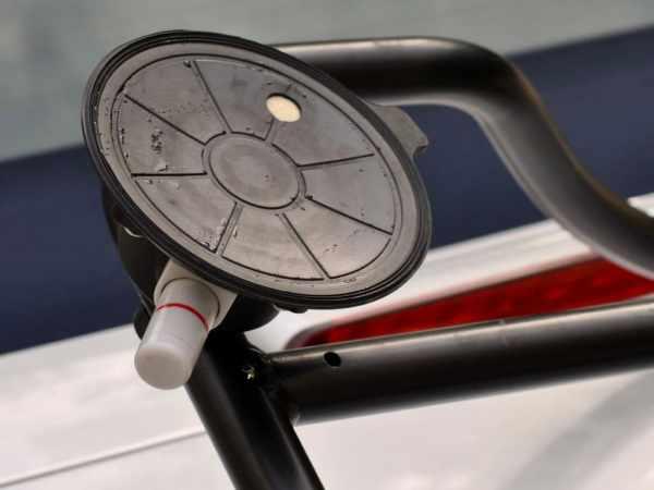 jaguar e type luggage rack vacuum cup details