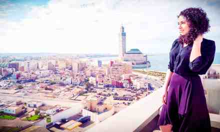 53. Kenza Bennis (Fronesis / Entrepreneur Talk) | Entreprendre en Afrique. Connaître son contexte et éviter les pièges.