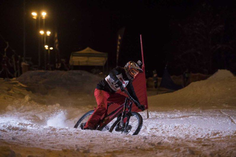 WhiteStyle_2017_Downhill_Race_by_Christoph Laue_2