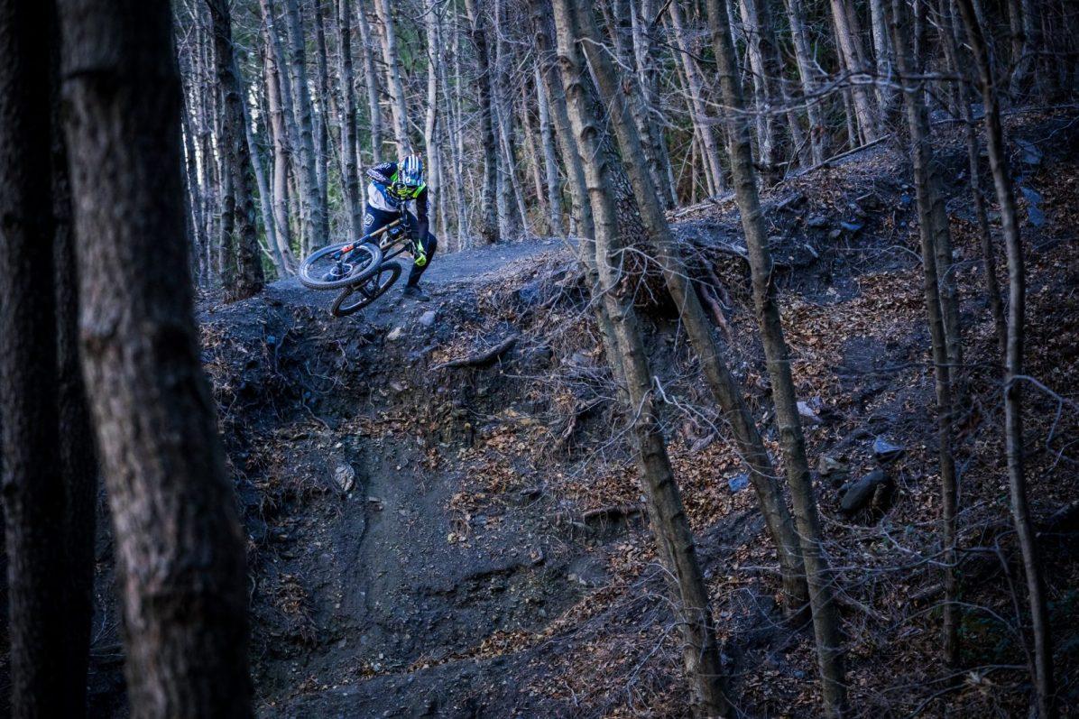 scott-sports-scott-dh-factory-bike-actionimage-2019-brendan-fairclough-DSC096114