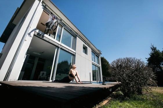 bike-yoga-fabio-wibmer-home-office