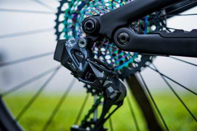 Jack Moir's Canyon Spectral [R] Pro Bike Build & Shred687
