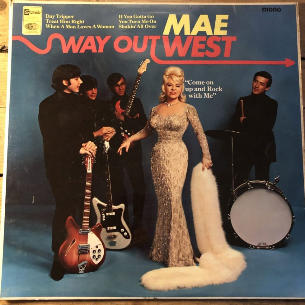 SL 10197 Mae West Way Out West