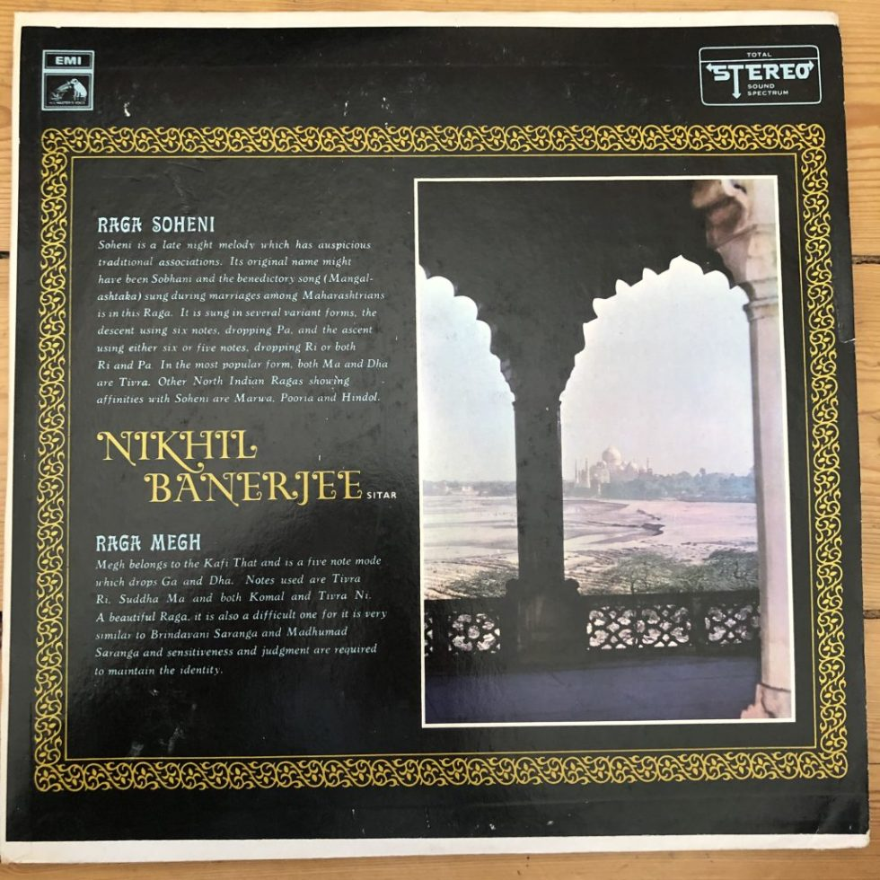 EASD 1377 Nikhil Banerjee Sitar