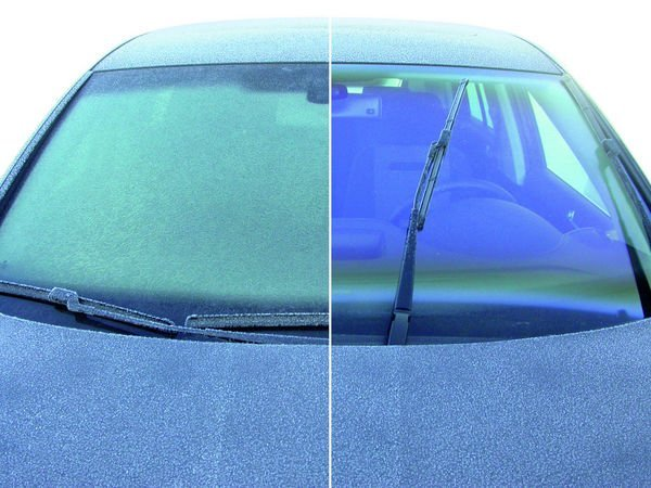 Self-cleaning and Anti-Fog Glass