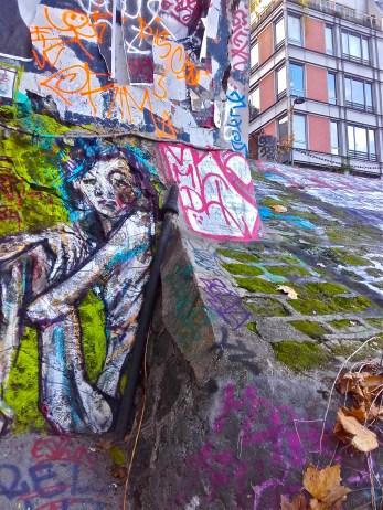 street art canal saint martin