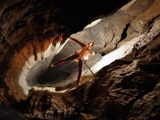 cavern-explorer-photography-by-Stephen-Alvarez