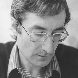 portrait of Roger Fatus