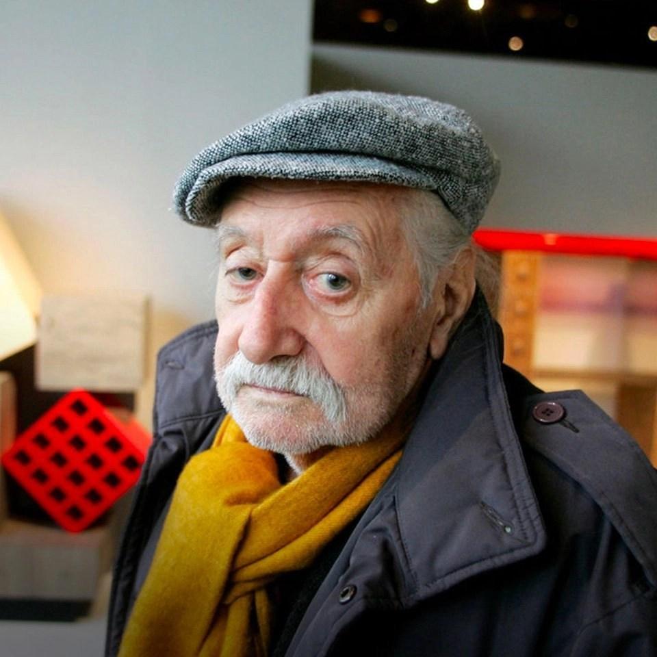 portrait of Ettore Sottsass