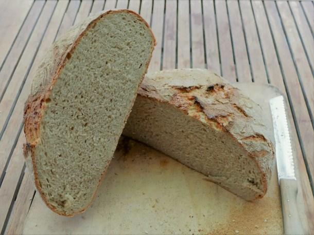 Anschnitt vom XL Weizenbrot