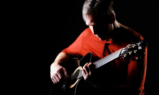 Acoustic Guitar Virtuoso Mark Vickness To Release Second Album Interconnected