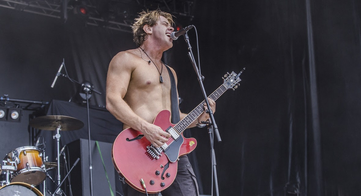 Sick Puppies original frontman, SHIM, is recording some Sick Puppies hits for fans live on Twitch as well as new music!