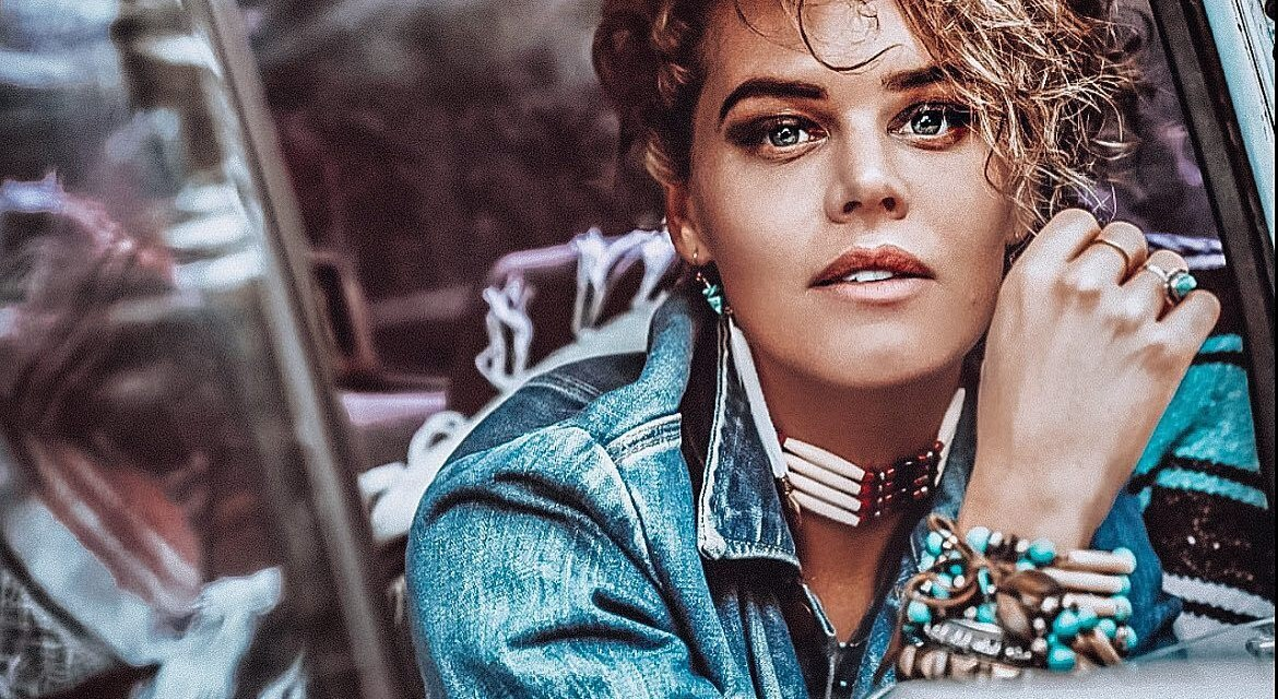 """Actress Kelly Dowdle Releases Music Under the Name Kelly Monrow; New Single """"Mama Said"""" + Official Music Video"""