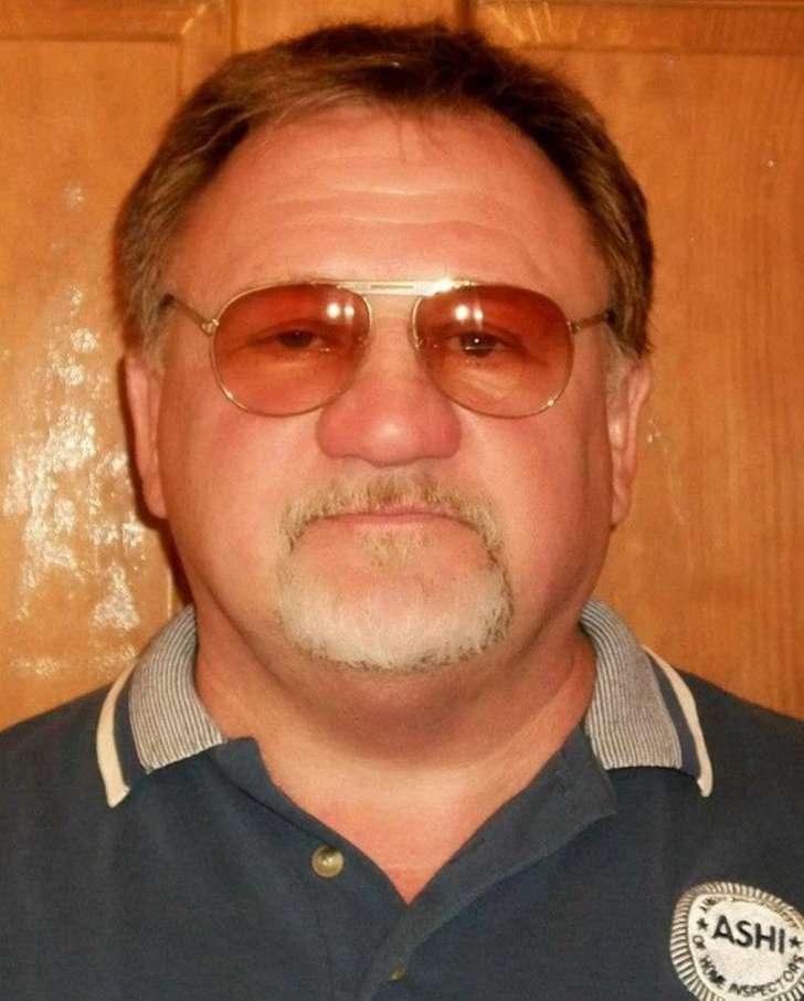 """Résultat de recherche d'images pour """"photos du tueur James Hodgkinson"""""""