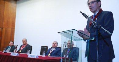 Pérou: Le chef de l'Etat soutient toutes les manifestations contre la corruption