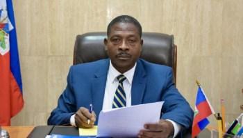 Le Commissaire du Gouvernement a.i., Bed-Ford Claude, révoqué par le PM  Ariel Henry »pour fautes administratives graves » | Rezo Nòdwès