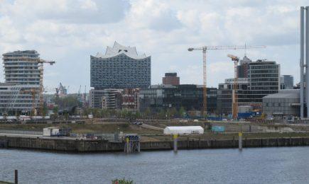 View from Baakenhafen