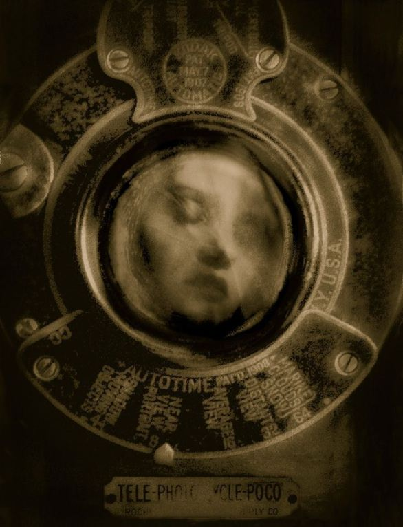 The Portrait © Josephine Sacabo