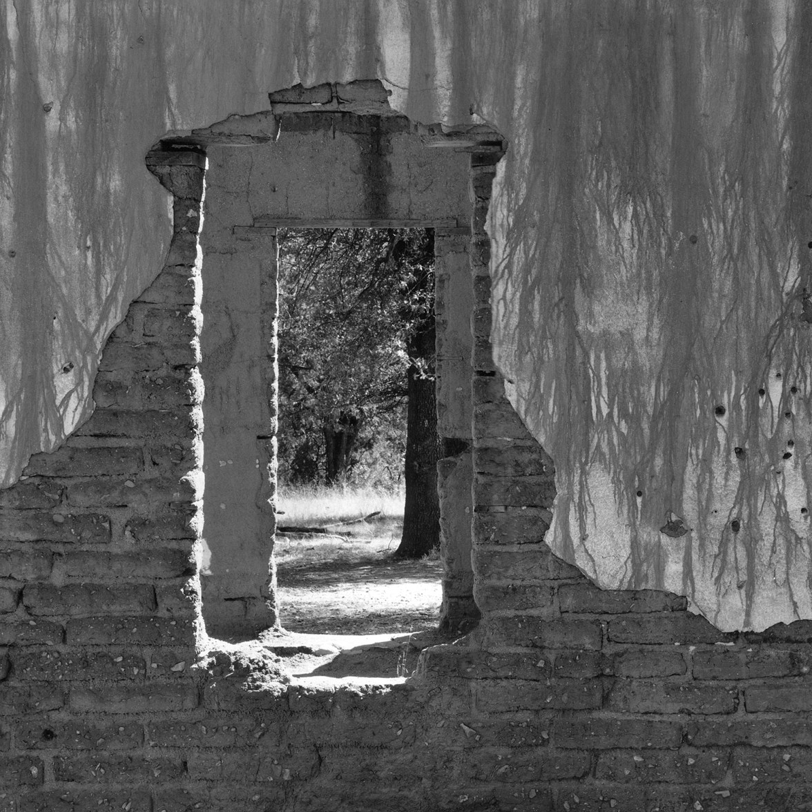 Adobe Ruin © Alan Ross