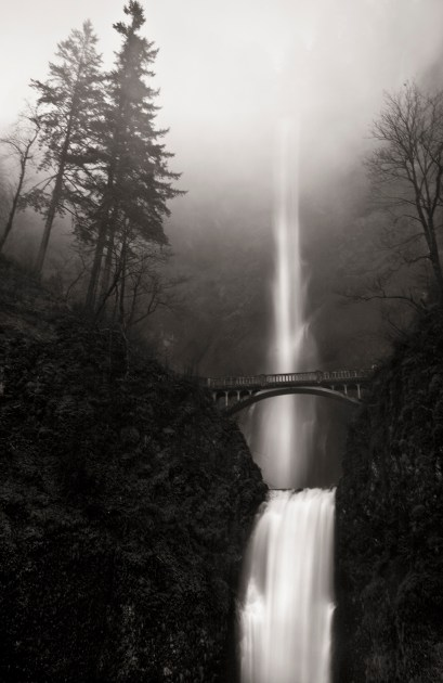 Multnomah Falls in Fog, Columbia River Gorge © Matthew Vogt