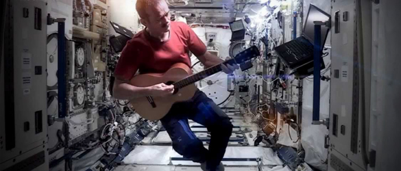 Chris Hadfield Social Media