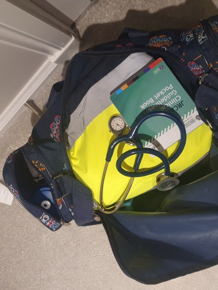 Picture of the paramedic bag with equipment, guidelines and stethoscope. Clicked by Laura Green, a paramedic practice placement student at RGU.