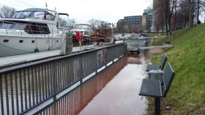 Hochwasser 2018 am Rhein und die Schifffahrt ruht