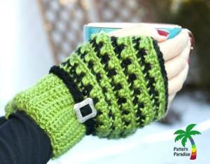 X Stitch Fingerless Gloves by Pattern Paradise