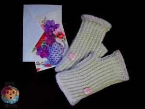 Unisex Beginner Fingerless Gloves or Wristers by Sick 'Lil Monkeys for Cre8tion Crochet