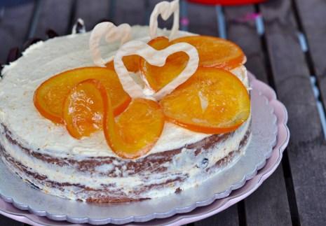 Hot Cross Bun Cake