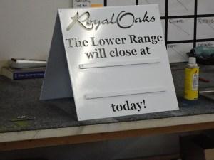 Royal Oaks Driving Range time sign