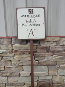 1st Tee Pin Location Sign