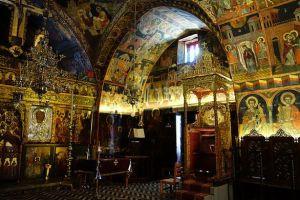 Interieur église de la vierge à Lindos