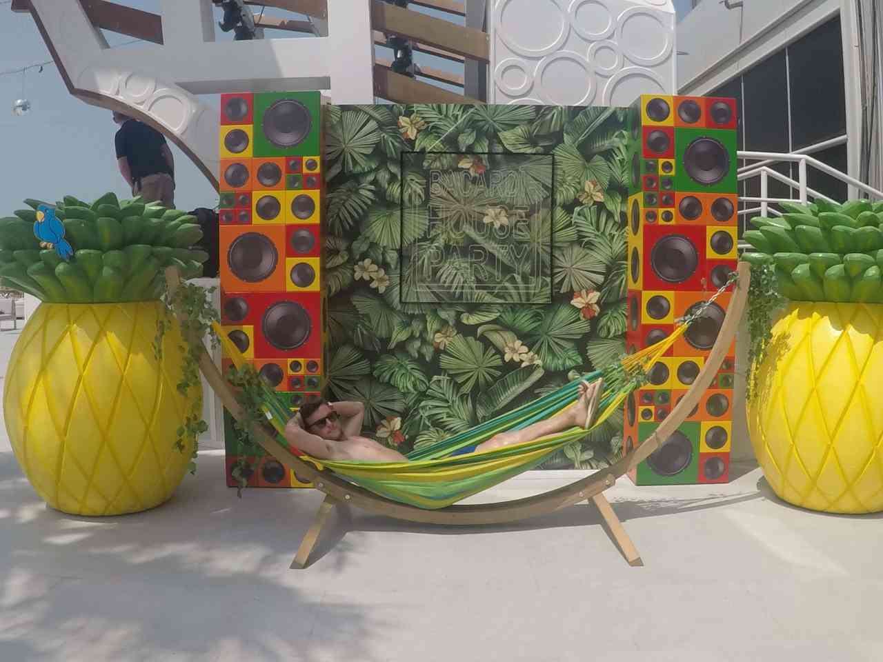 Hammock tropical brunch Dubai