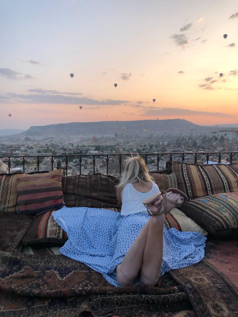 Balloon sunrise Koza cave hotel