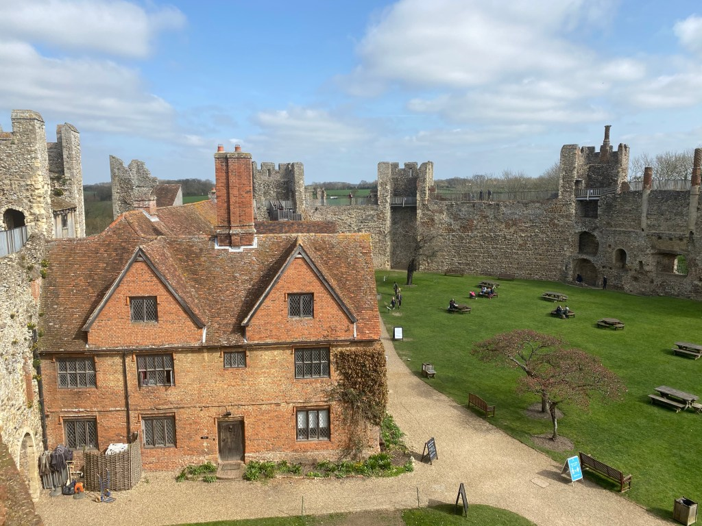 framinglingham castle inside