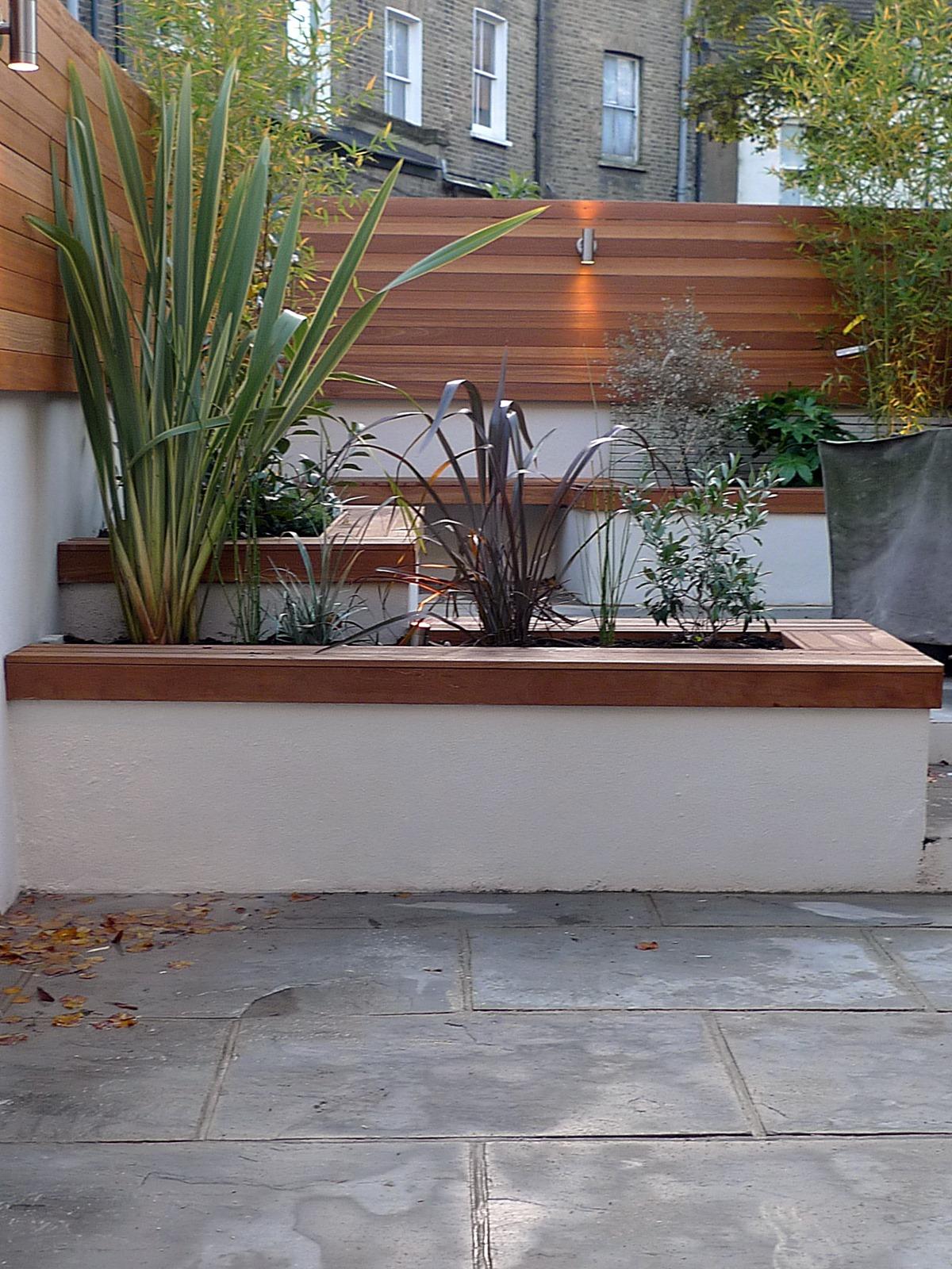 Modern London Courtyard Low Maintenance Urban Outdoor