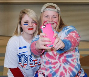 RHS SGC Council President Haley Macray and RHS SGC Council Vice President Caitlin Yannizzi take a selfie.