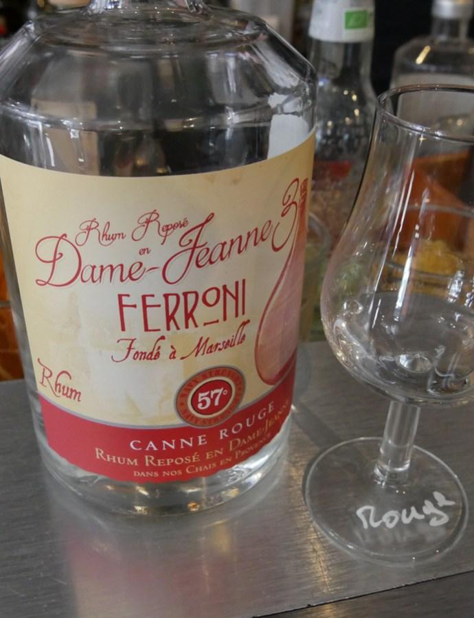 Ferroni canne rouge – La dame Jeanne 3 [72/365]