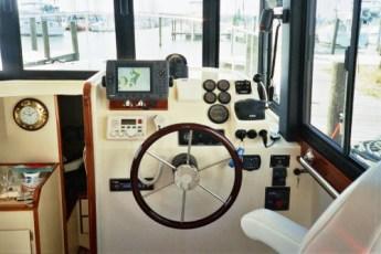 Custom electronics - hull 230