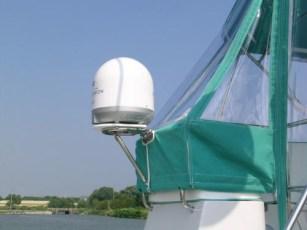 KVH Antenna mount