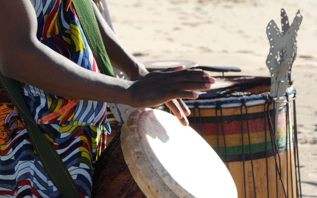 How to play djembe – The three sounds