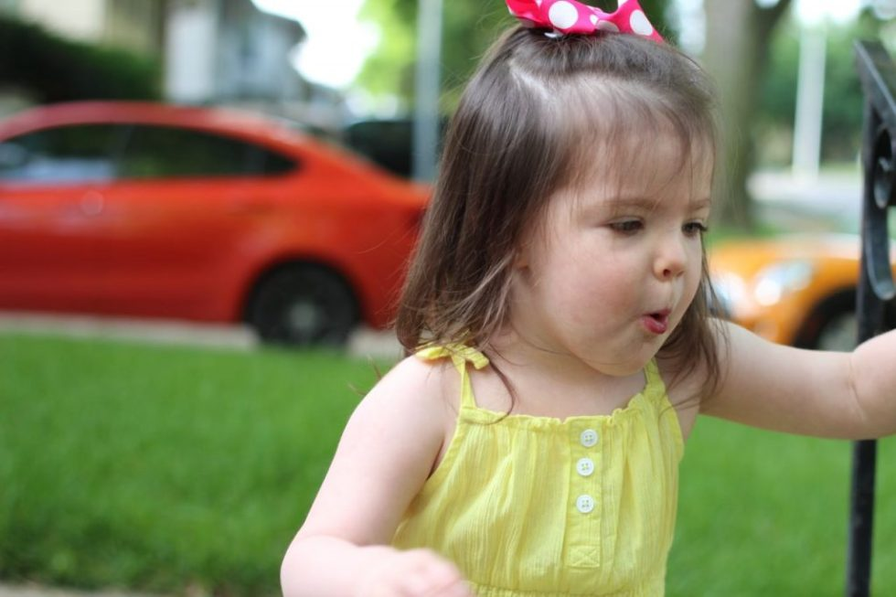 What to say to your toddler to help terrible twos, terrible threes, toddler behavior problems, etc. Learn how to deal with toddler behavior issues and get some tips for toddler discipline.