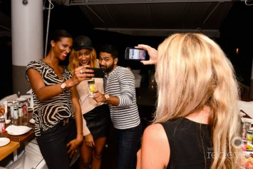 Friends-With-Wine-Selfie-Miami-Fashion-Bloggers